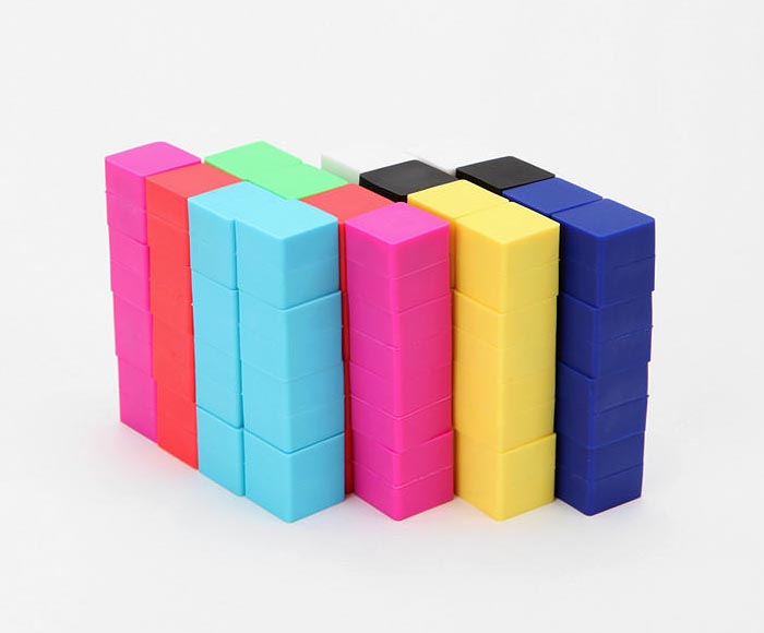 8 Bit Cube Fridge Magnet Set Gadgetsin