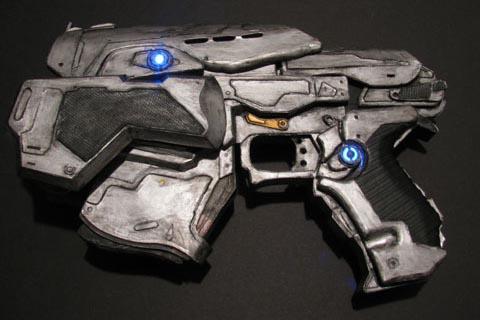 FanMade Gears of War Snub Pistol  Gadgetsin