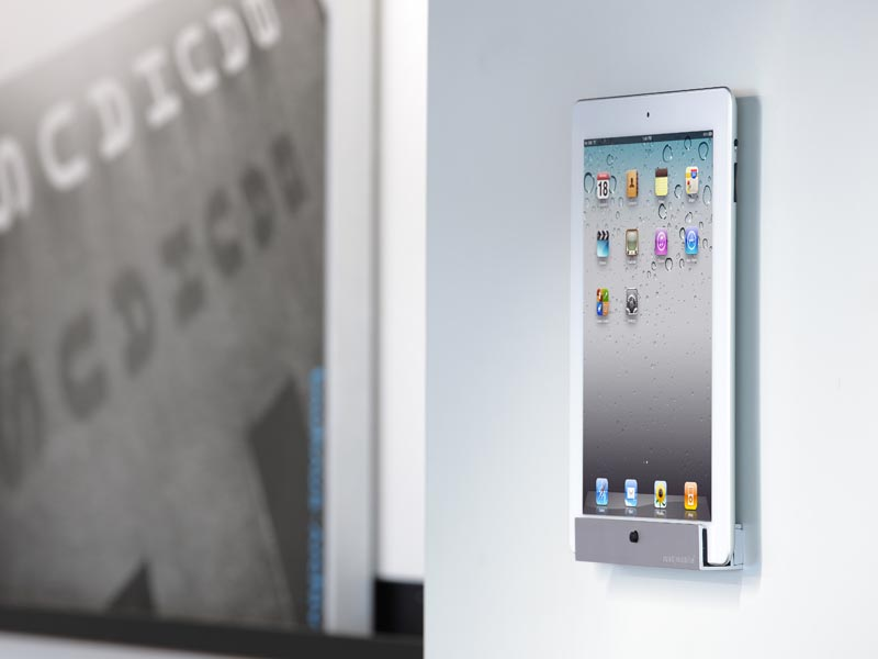 Just Mobile Horizon Wall Mount for iPad and iPad 2  Gadgetsin