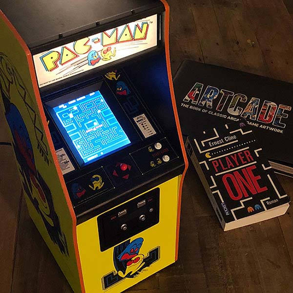 The 14 Scale PacMan Arcade Cabinet  Gadgetsin