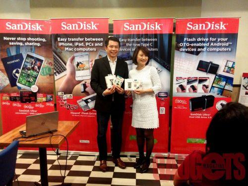SanDisk Officials
