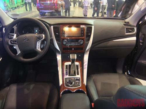 Mitsubishi Montero Sport 2