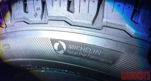 MFD_Michelin-PrimacySUV_2316