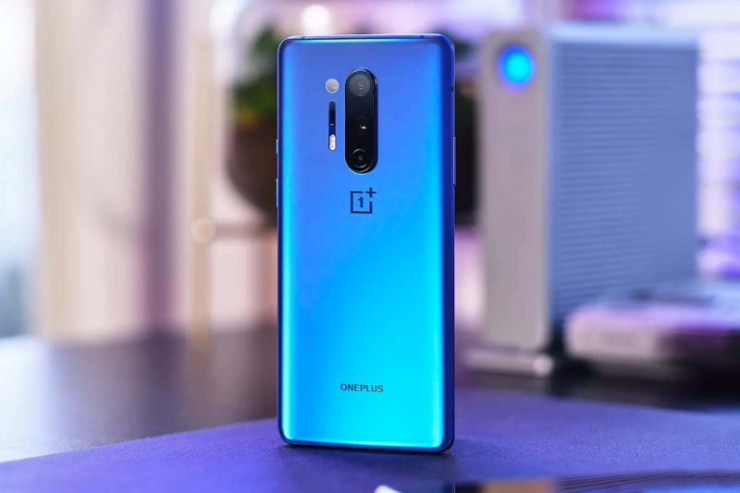 The price of the OnePlus 8 smartphone dropped significantly before the release of the 8T