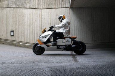 BMW Unveils Motorrad Concept CE 04 Electric Scooter (2)