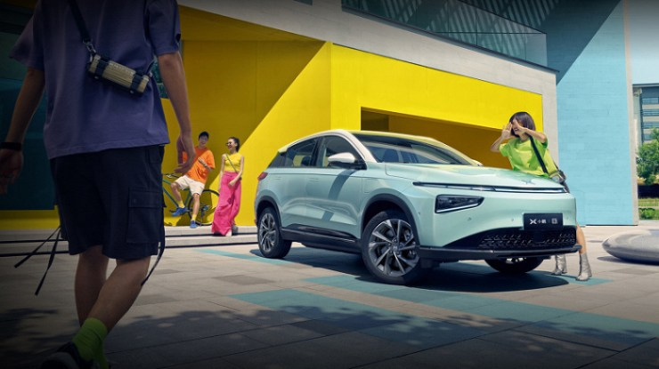 China Tesla unveils a mid-size electric crossover with a range of 520 km, a 15.6-inch screen and Snapdragon 820A starting at $ 23,000
