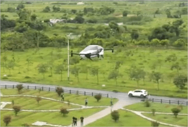 The Xpeng X2 flying car can carry 560 kg of cargo at speeds up to 130 km / h