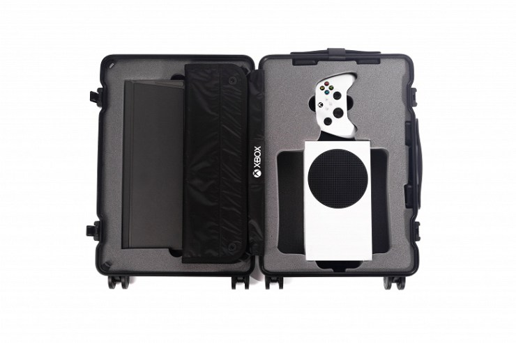 Microsoft Made Xbox Mobile: Xbox Series S Exclusive Suitcase Released