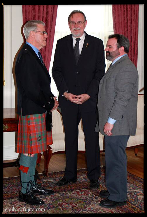 L to R: Brigadier-General The Honourable J.J. Grant, Lt. Governor of Nova Scotia, Maurice Smith MLA and Minister for Gaelic, and Gaelic Affairs CEO Lewis MacKinnon