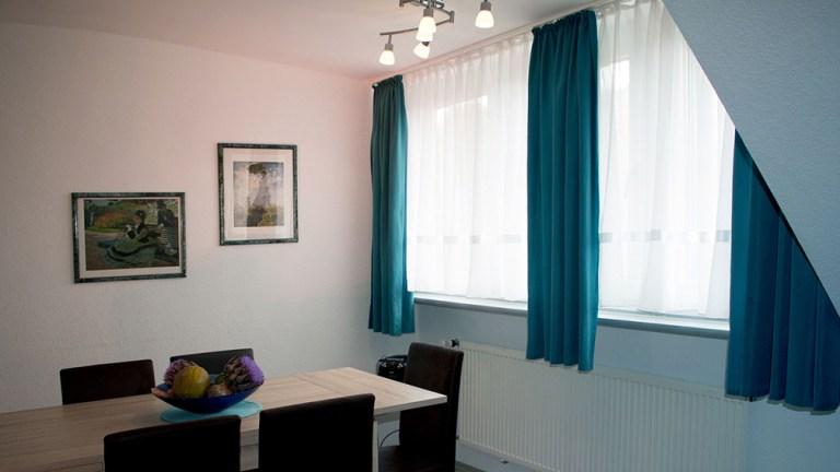 deluxe-apartment-essplatz-hell-freundlich