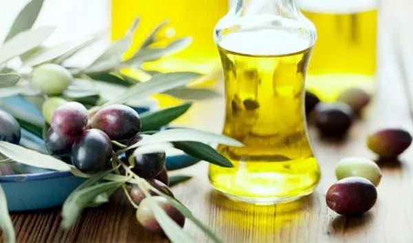 Olive-Oil-Home Remedies
