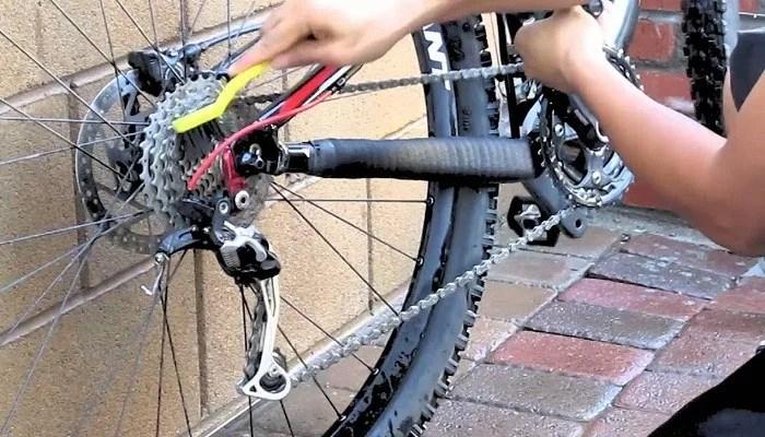 clean-bike-chain