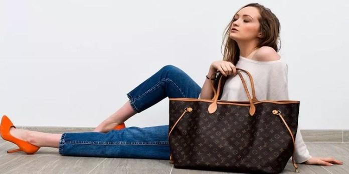 Selling Luxury Handbag