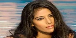 Read more about the article Poonam Pandey Instagram Photos, Indian Erotic Star And Model