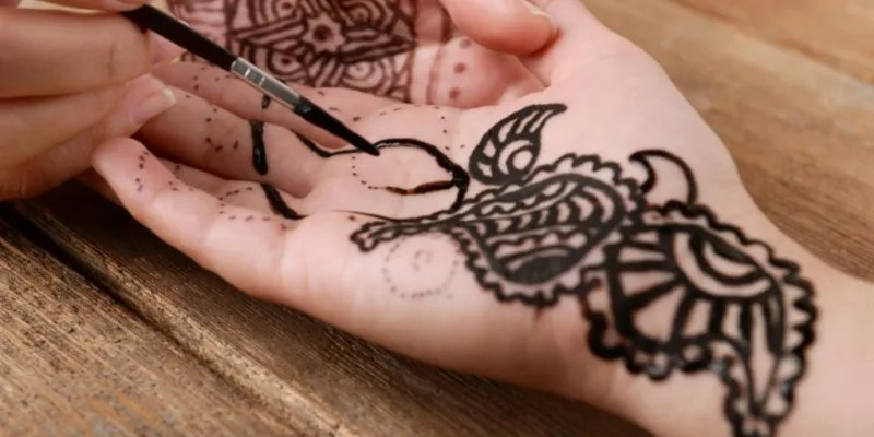 You are currently viewing 20+ Right Hand Mehndi Designs 2021
