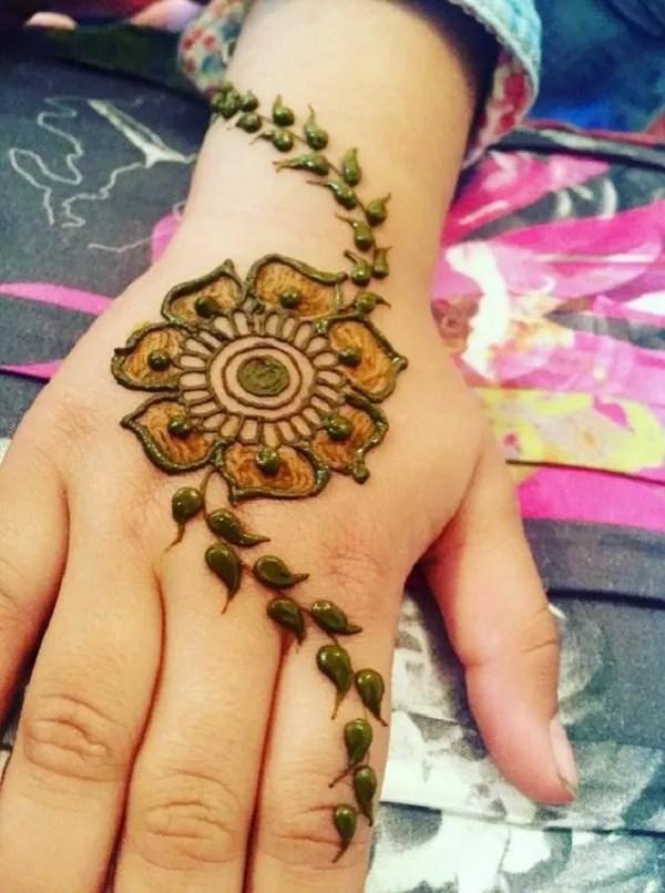 Round Mehndi Design