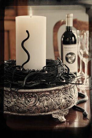 celebratemag dining table decor halloween candle