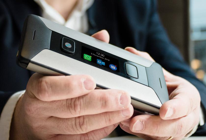 Cosmo Communicator Dual Screen Communicator with QWERTY Keyboard and USB-C costs $ 550