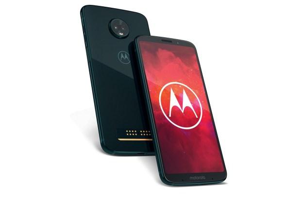 Motorola Moto Z3 стал первым в мире смартфоном с поддержкой 5G-сетей. Но не все так просто