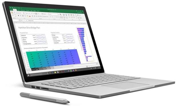 Стартовало массовое производство Surface Book 2