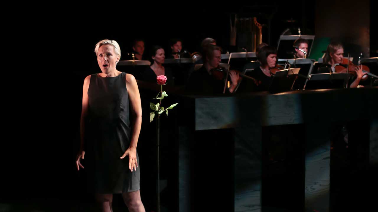 MusikTeaterVerkets uppsättning av operan Luci mii traditrici.