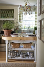 Affordable English Country Kitchen Decor Ideas 01