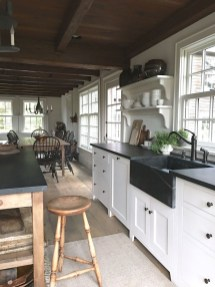 Affordable English Country Kitchen Decor Ideas 04