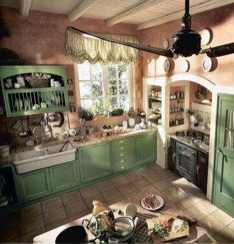 Affordable English Country Kitchen Decor Ideas 17