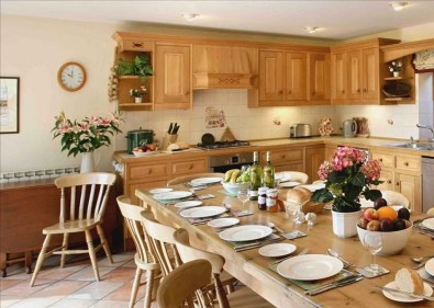 Affordable English Country Kitchen Decor Ideas 26