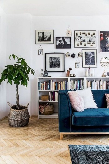 Astonishing Living Room Ideas For Your Apartment 10