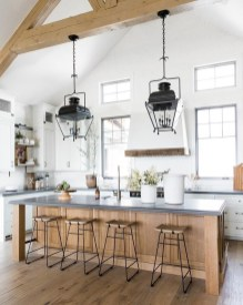 Beautiful Kitchen Lighting Ideas To Upgrade Your Design 11