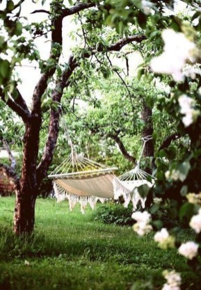 Brilliant Hammock Ideas For Backyard 06