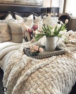 Captivating Farmhouse Bedroom Ideas 02