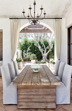 Outstanding Outdoor Dining Room Ideas 26
