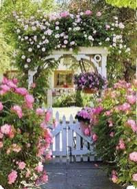 Perfect Home Garden Design Ideas That Make You Cozy 38