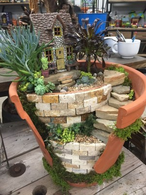 Pretty Diy Garden Decoration Ideas You Must Try 09