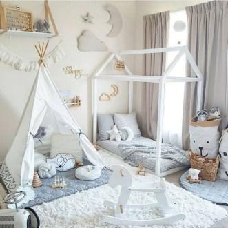 Smart Montessori Ideas For Baby Bedroom 19