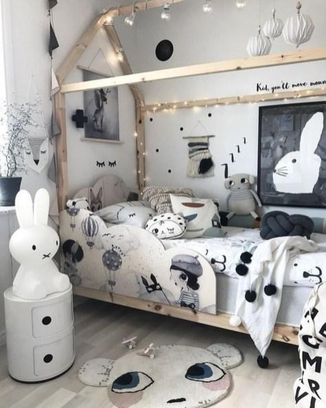 Smart Montessori Ideas For Baby Bedroom 26