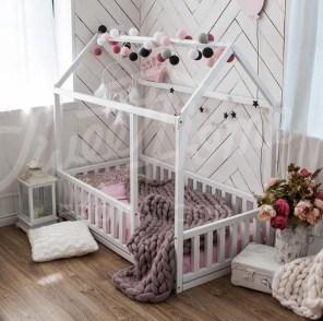 Smart Montessori Ideas For Baby Bedroom 28