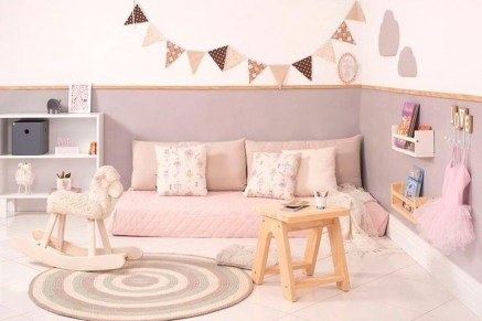 Smart Montessori Ideas For Baby Bedroom 37