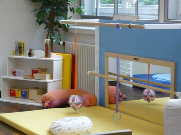 Smart Montessori Ideas For Baby Bedroom 40