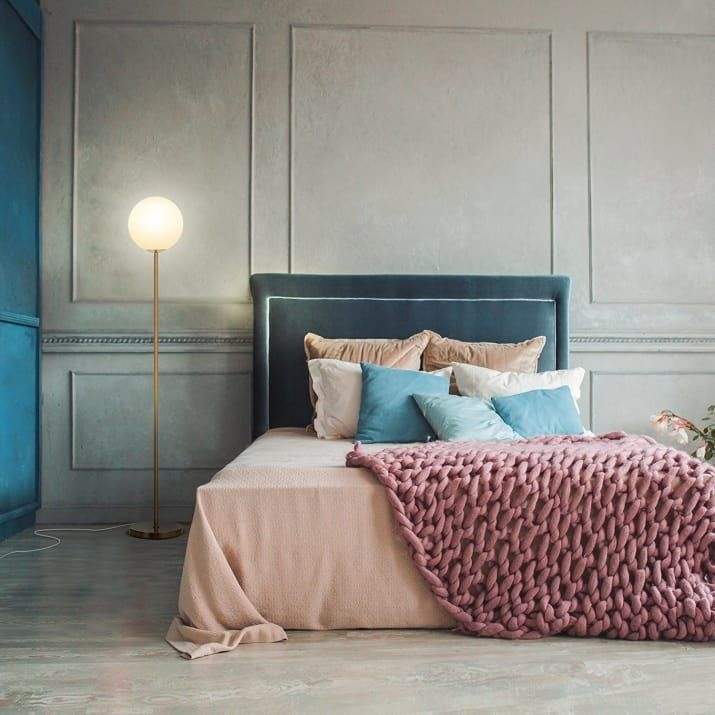 Astonishing Rental Apartment Decorating Ideas 35