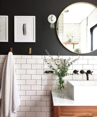 Brilliant Art Ideas For Bathroom To Try 43
