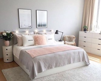 Catchy Bedroom Ideas That Will Make You Cozy 36