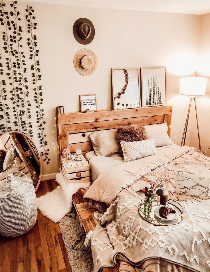 Catchy Bedroom Ideas That Will Make You Cozy 45
