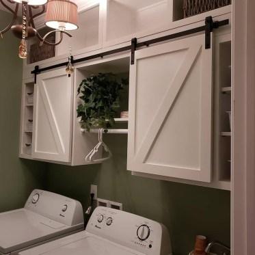 Cozy Laundry Room Storage Design Ideas 33