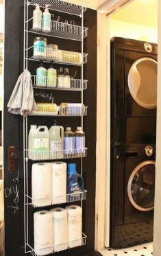 Cozy Laundry Room Storage Design Ideas 36