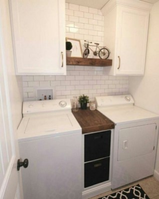 Cozy Laundry Room Storage Design Ideas 42