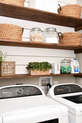 Cozy Laundry Room Storage Design Ideas 45