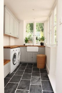 Fabulous Functional Laundry Room Decoration Ideas On A Budget 12